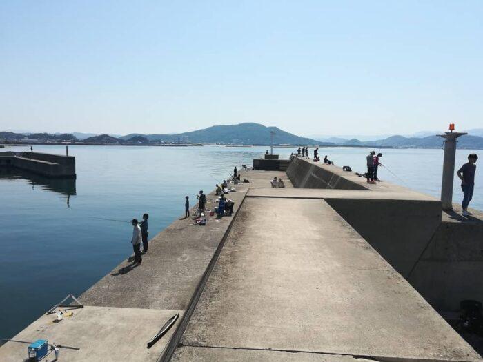 内外、船道、堤防間に水道のある堤防はキスの好釣り場