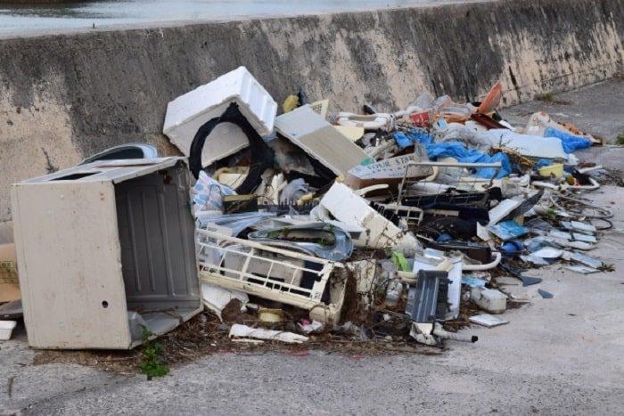 ゴミの不法投棄は犯罪