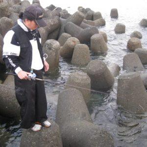 確実にカサゴの釣果が得られる穴釣り